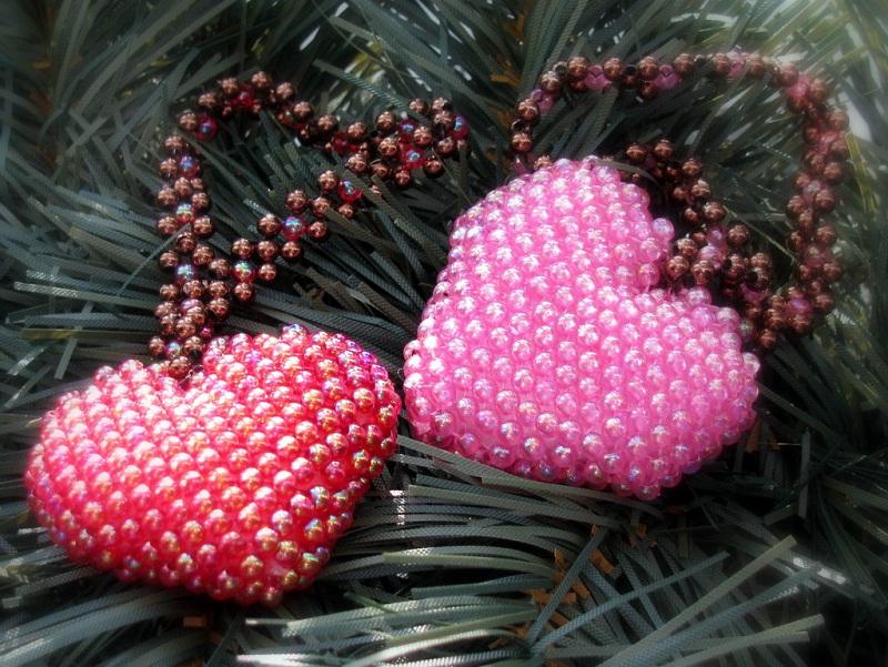 Объемное сердце в форме кулона