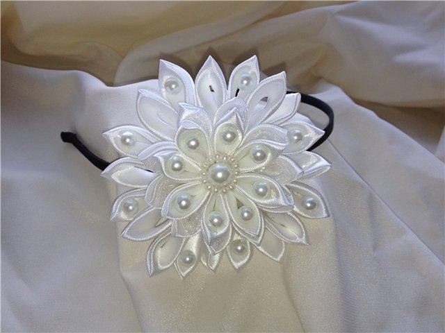 Ободки цветочки из атласного материала 88
