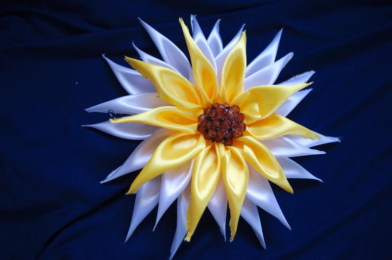 Цветы из ленточек своими руками схемы мк для начинающих 6